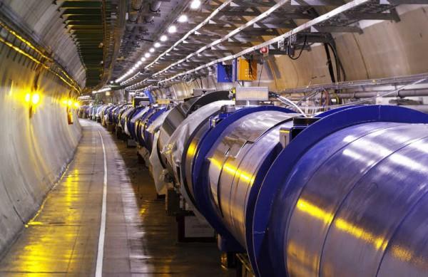 Superprovodni magneti - (C) Maximilien Brice, CERN