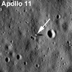 Apollo 11 mesečev modul, Eagle. Širina slike: 282 metara