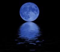 Pomračenje plavog Meseca 1