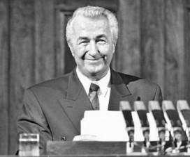 Ante Marković - poslednji predsednik vlade Jugoslavije 12