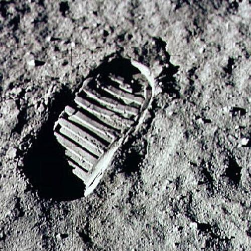 Otisak stopala Nila Armstronga na Mesecu