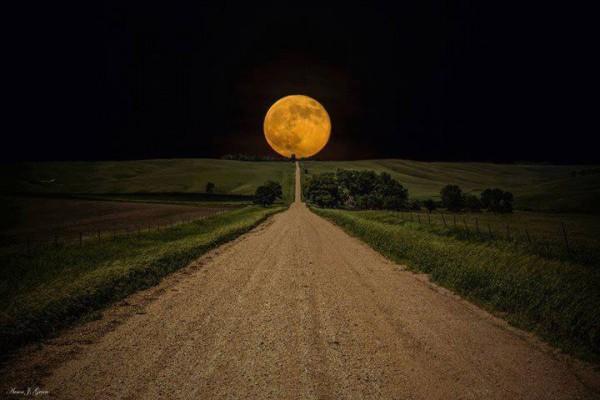 Slika dana: Put na Mesec [03.10.2013]