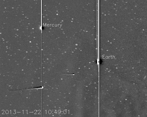 Komete C/2012 S1 (ISON) i 2P/Encke putuju kroz Sunčev sistem. Kliknite d avidite animaciju. (Credit: Karl Battams/NRL/NASA-CIOC)