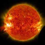 Slika dana: Sunce, erupcija i Mesec [03.02.2014]