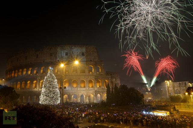 fireworks-light-ancient-colisseum
