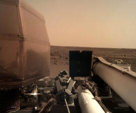 Insajt stigao na Mars - prva fotografija 5