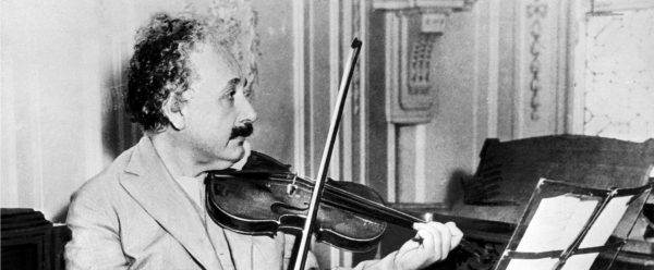 Albert Ajnštajn (1879 - 1955) 3