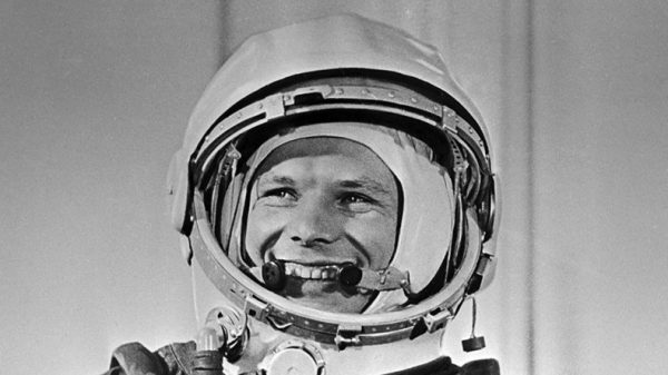 This image has an empty alt attribute; its file name is gagarin-600x337.jpg