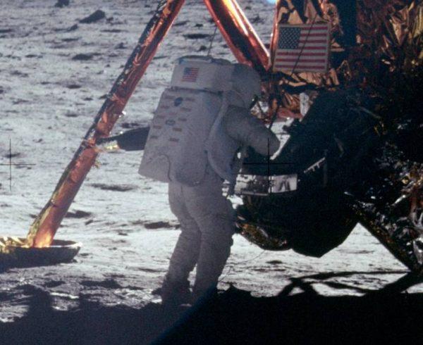 Pre 50 godina - prvi korak čovečanstva na drugom svetu 3
