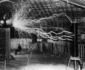 "Nikola Tesla - čovek koji je ""pronašao"" XX vek 1"