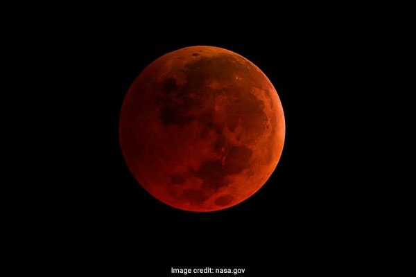 nasa-super-blue-blood-moon_650x400_41517120266